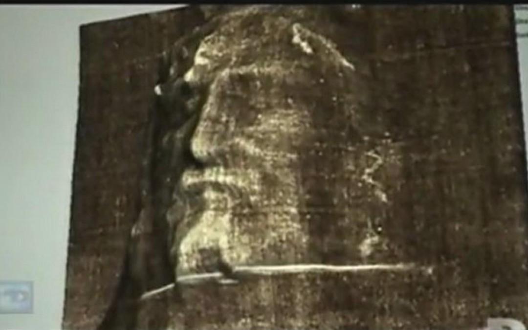 Le Saint-Suaire serait une photo de De Vinci