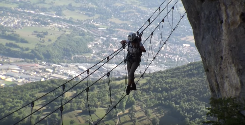 La Via Ferrata de la Grotte à Carret